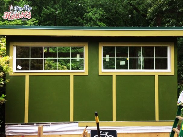 fixed window on small cabins