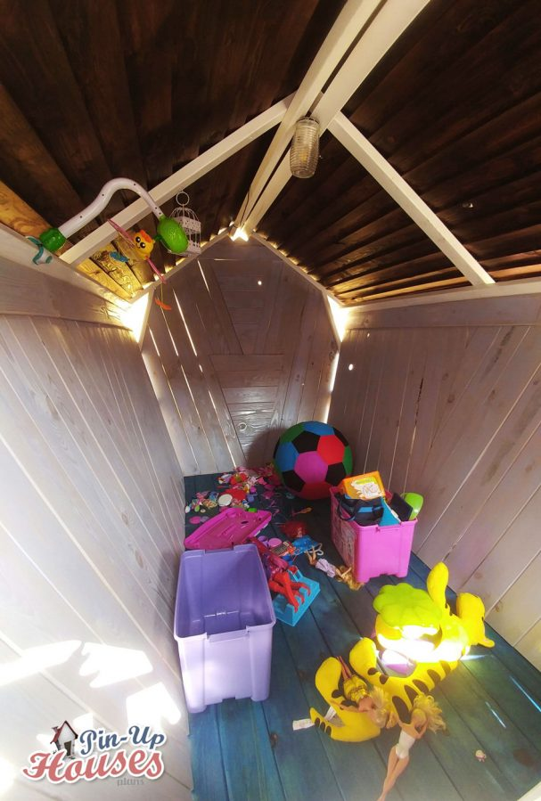 cheap playhouses made of wood