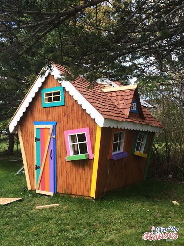 playhouse for children full of colors